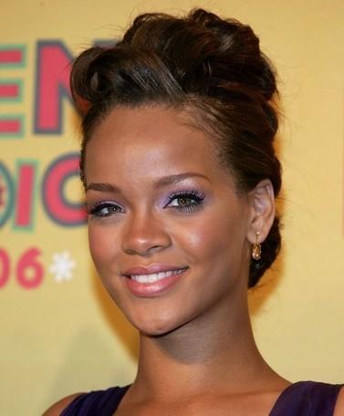 Rihannahairstyles on Star Look  Robyn    Rihanna    Fenty    Musingsofapassionista
